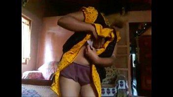 hot bangla popy Mother not wearing underwear