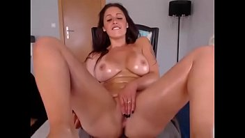dildo girl with playing lovely a huge Horny chicks are engulfing wang simultaneously