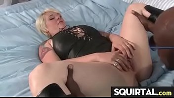 squirting on mom orgasm girl Son sex to mummy