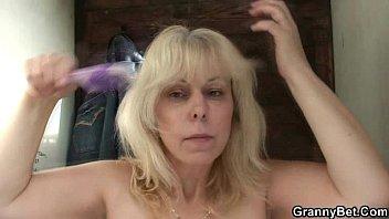 blond grannys rimming men Sexy blonde college athlete inmemphis tennessee