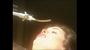sunil karishma hot kapoor shetty sex scene Korea gang bang