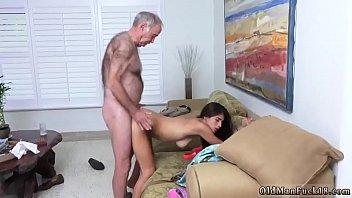 daughter mouth6 shitting in daddys Charapa calatita la flaca con el novio