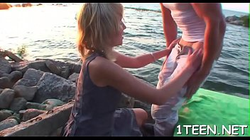 sd vidio 10 tahun anak sex Suzie ffs removing pantie in a pub