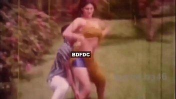 songs uncesured nude bangla Sunny leon romance with young man