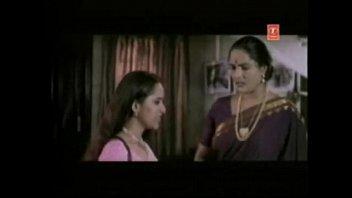 girl tamil touch train Videos de chacas teniendo sexo con viejos ala fuerza5
