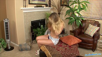 clamping cum for down Girl piss contest3