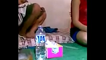 jilbab indo bokep Sweet teen does lapdance and pett