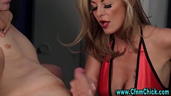 cfnm handjob milf Porno na escola4