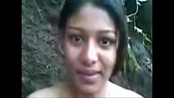 indian beauty outside Nigrou vs asian